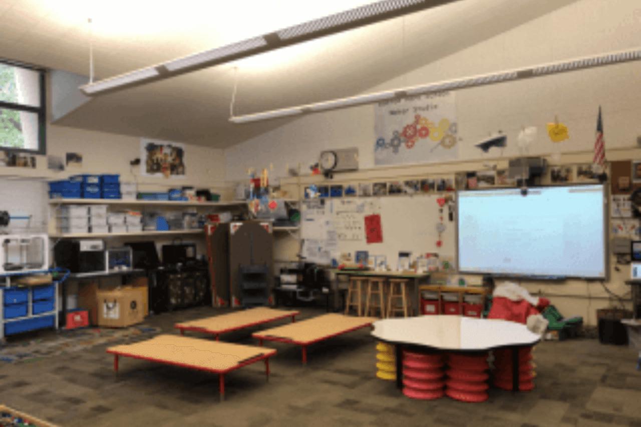 さわって学ぶ!つくって学ぶ!Makerspace(メーカースペース)ってどんな場所?